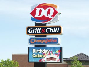 Charlotte Custom Business Pole Signs 0092 Dairy Queen Bendsen Sign Graphics W 19mm 80x176 Bloomington IL 101718 1 300x225
